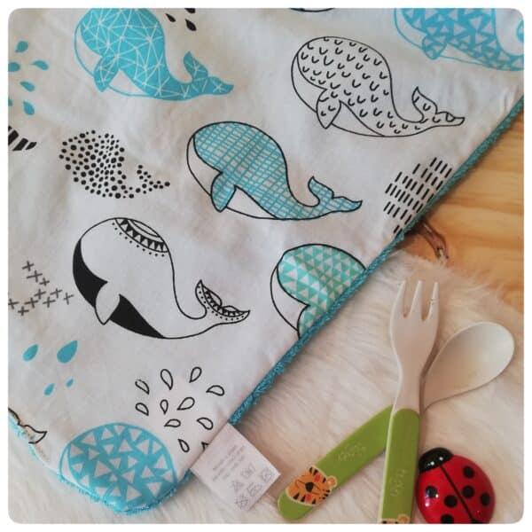 bavoir baleine